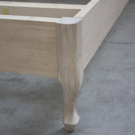 Letto barocco grezzo con pediera in legno