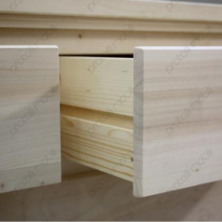 Cassetti con linee guida in legno.