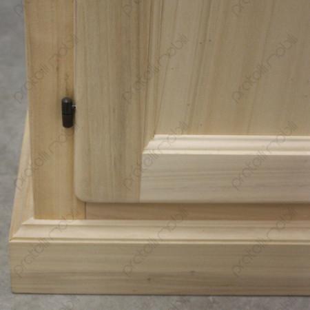Armadietto grezzo con zoccolo in legno