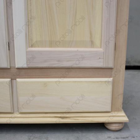 Cassetti estraibili su guide in legno