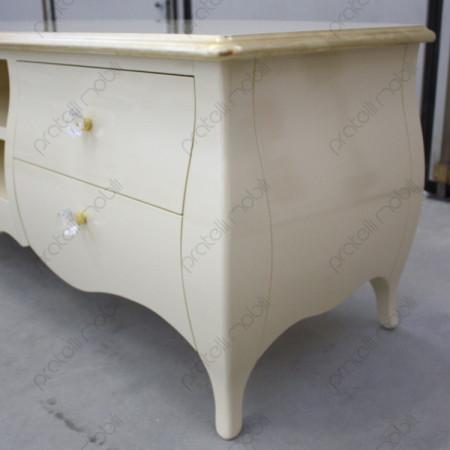 Colore Ral 1015 con Bordo del Piano Foglia Oro e Pomelli art. 18