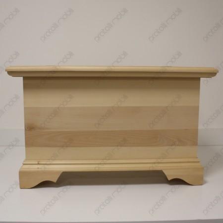Cassapanca grezza costruita in legno massiccio